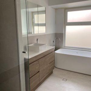 mainbathroom2